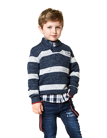 Knit jumper featuring blue stripe pattern. 6f2adadaad43