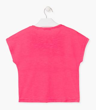 Athletic t-shirt in pink.