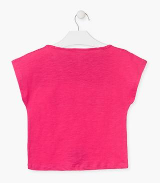 Short sleeve top in pink.