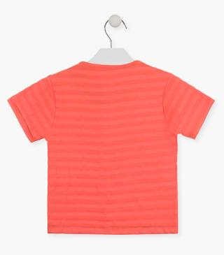 Camiseta de color naranja papaya.
