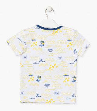 Summery motif t-shirt.