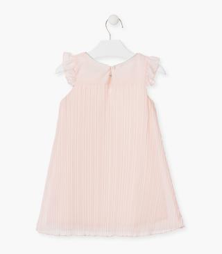 Pleated dress with short sleeves.