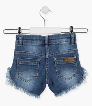 Short in tessuto jeans con inserto all'uncinetto.
