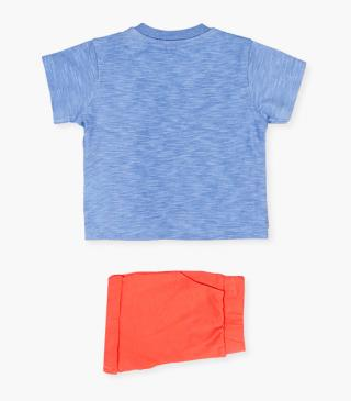 All-over print t-shirt & shorts set.