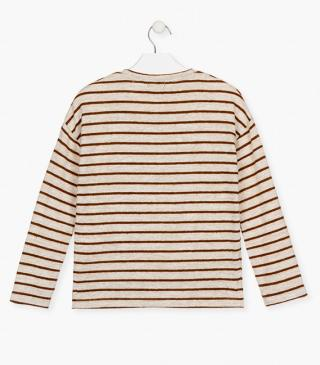 Ecru t-shirt with brown stripes.