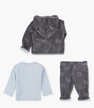 Tee, jacket & trousers set.