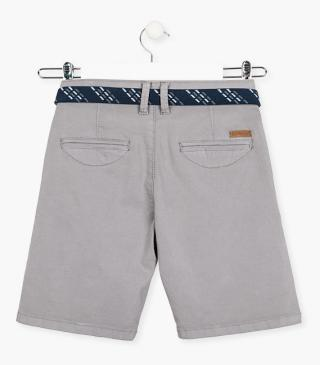 Stretch cotton shorts with belt.
