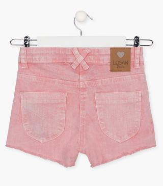 Stretch cotton shorts with rips.