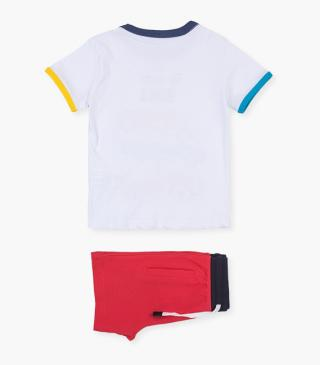 White car tee & shorts set.