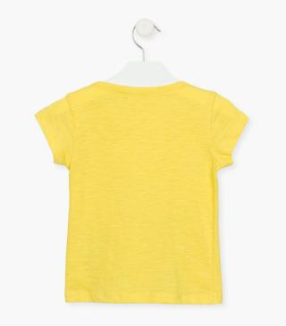 Short sleeve t-shirt in yellow.
