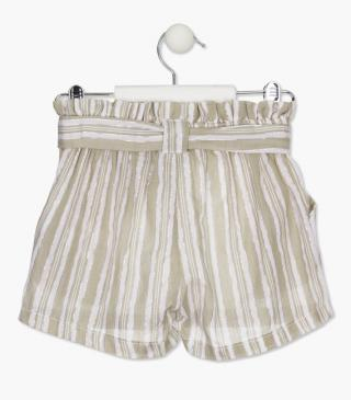 Shorts with wooden buckle belt.