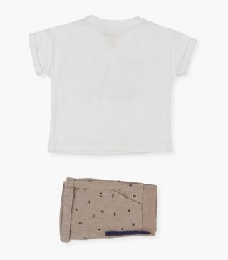 Shorts & organic cotton t-shirt set.