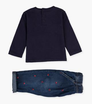 Jeans & long sleeve t-shirt set.