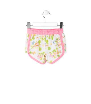 Short con estampado de mariposas.