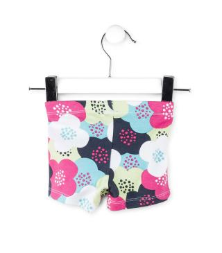 Short estampado con flores.