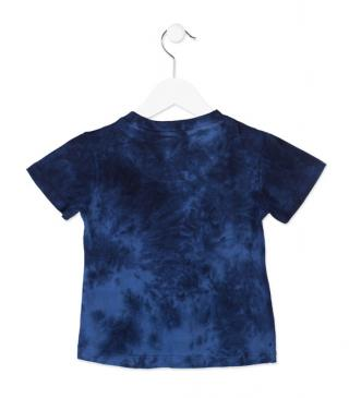 Camiseta de manga corta de color azul con degradado.