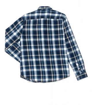 Lumberjack shirt with chest pockets.