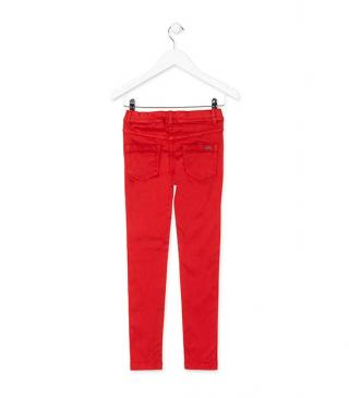 Jegging satinado de color rojo.