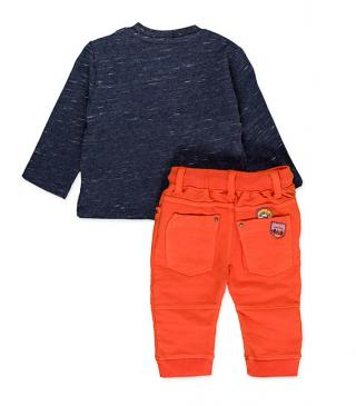 Set of blue t-shirt and orange trousers.