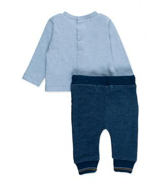 Plush trousers and cotton tee set.