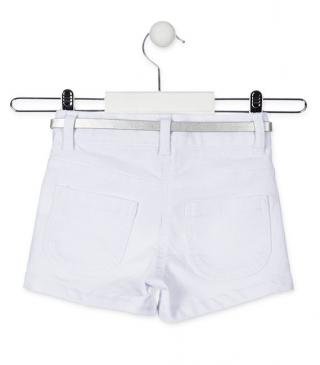 Short de color blanco efecto brillante.