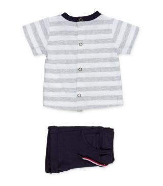 Shorts & grey striped t-shirt set.