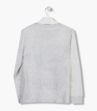 Ecru long sleeve tee with gathered cuffs.
