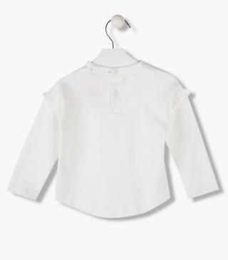 Ruffled armhole seam t-shirt with long sleeves.