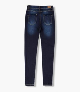 Skinny trousers from our range of everyday essentials for woman