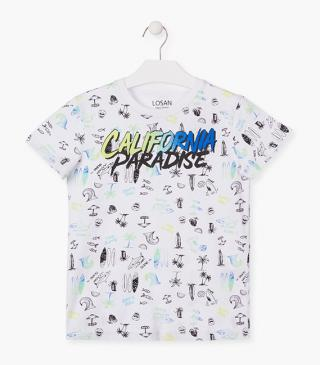 Graphic front t-shirt.