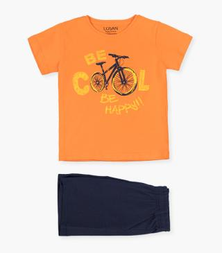 Bike motif t-shirt & shorts set.