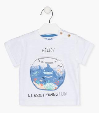 Short-sleeved fish bowl t-shirt.