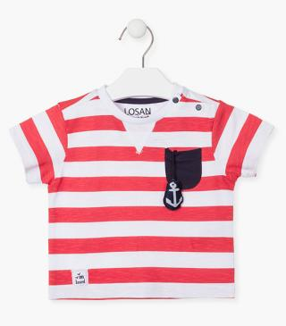 Nautical t-shirt in red and white.