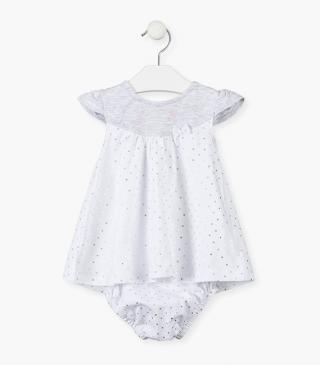 Dress with short sleeves and bow.