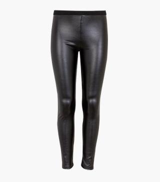 Faux-leather leggings.