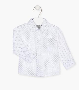 Camisa de color blanco estampada.