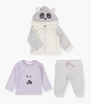 3-piece set with panda print.