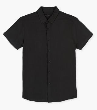 Short-sleeved shirt.
