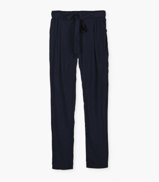 Viscose trousers with belt.