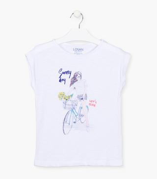 Cotton t-shirt with printed details.