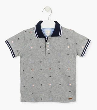 Piqué polo shirt with a pocket.