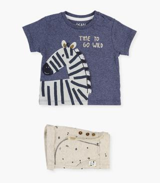 Zebra t-shirt & print shorts set.