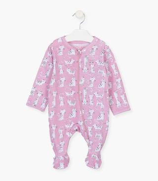 Kitten motif sleepsuit.