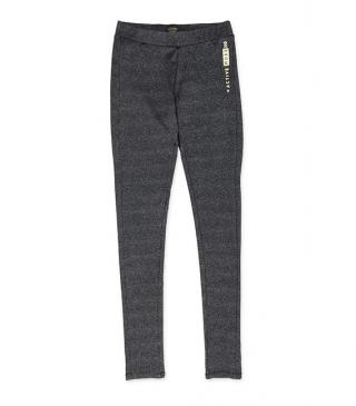 Leggins deportivo de color gris marengo.
