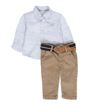 Cotton shirt and twill trousers set.