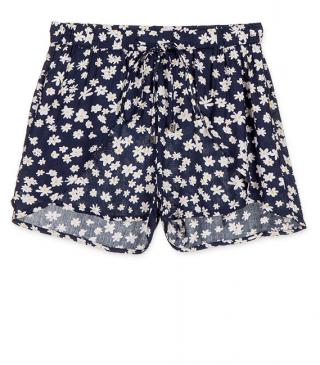 Short con estampado de margaritas.