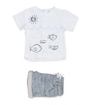 T-shirt & shorts 2-piece set.