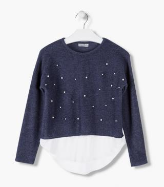 Sparkle accent t-shirt with long sleeves.