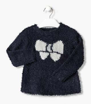 Bow-shaped jacquard chest jumper.
