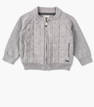 Kit cardigan with front pockets.